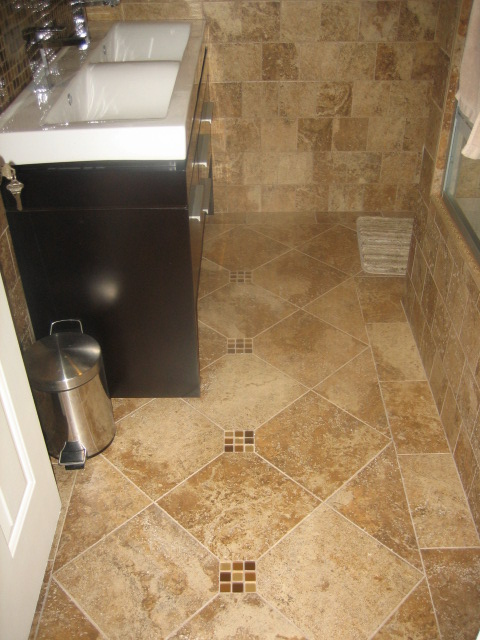 Bathroom Floor Tile Design Pictures : Small tiled bathroom tile
